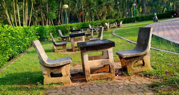 best places to hang out in bhubaneswar-forest park